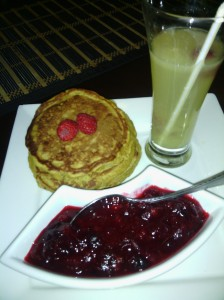 PUMPKIN/BANANA PANCAKES WITH FRESH CRANBERRY JAM