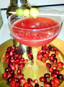 CRANBERRY MARTINI WITH OLIVES