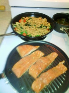 GRILLED CITRUS SALMON WITH SPINACH/ROASTED TOMATO LINGUINE PASTA