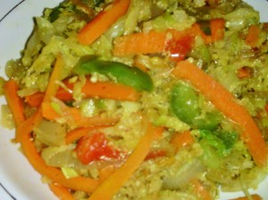 WARM CABBAGE AND CARROT SLAW