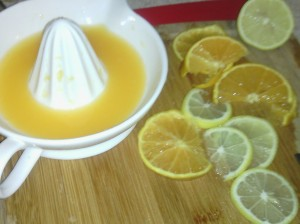 ORANGE/LEMON SLICES AND FRESH JUICE FOR DRUMSTICKS