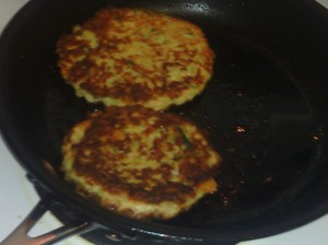 ZUCCHINI FRITTERS IN SKILLET