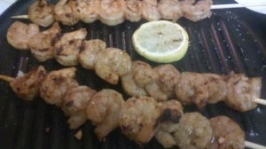 GRILLED SHRIMP ALONG WITH LEMON