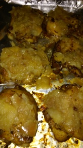 CHICKEN THIGHS SMOTHERED IN APPLE SAUCE