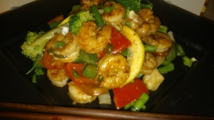 ASIAN-FLAVORED SHRIMP AND VEGGIE STIR-FRY