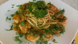 SPICY SHRIMP/BELL PEPPERS WITH WHOLE GRAIN LINGUINE/BROCCOLI